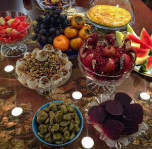 yalda-decorated-table-3